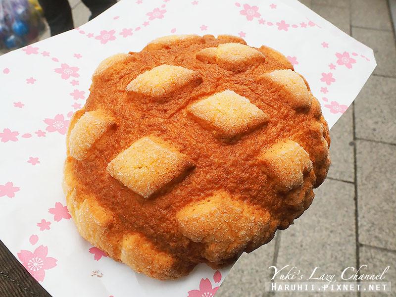 淺草花月堂菠蘿麵包4.jpg
