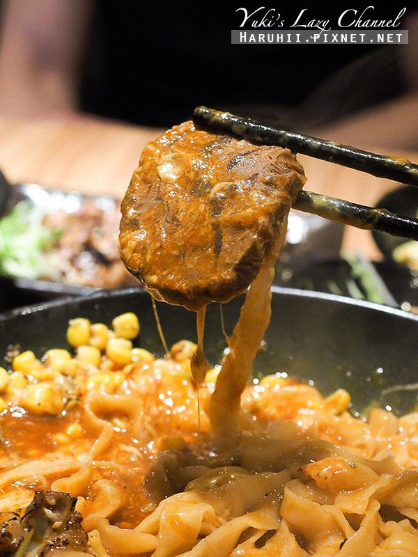妙計三寶超濃番茄牛肉拉麵3.jpg