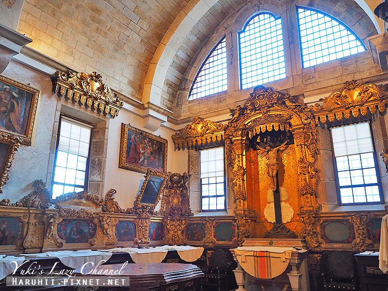 Porto Cathedral15.jpg