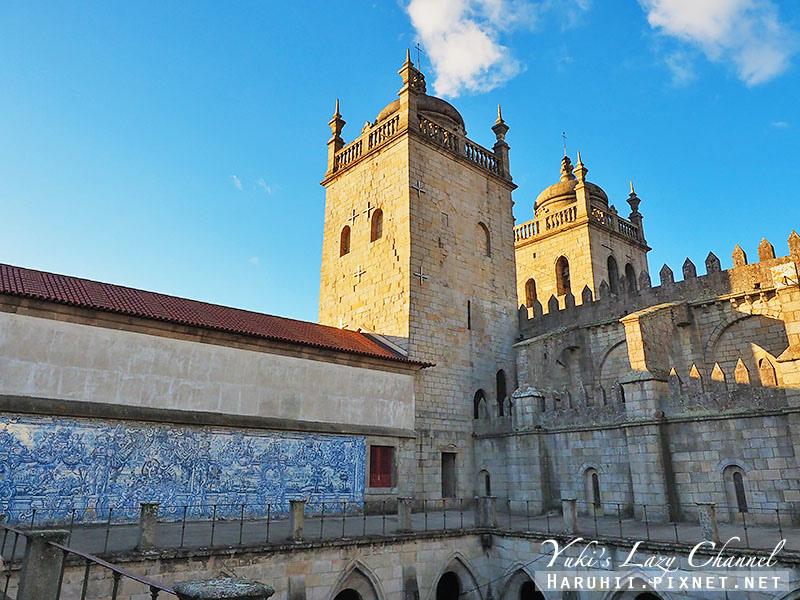 Porto Cathedral23.jpg