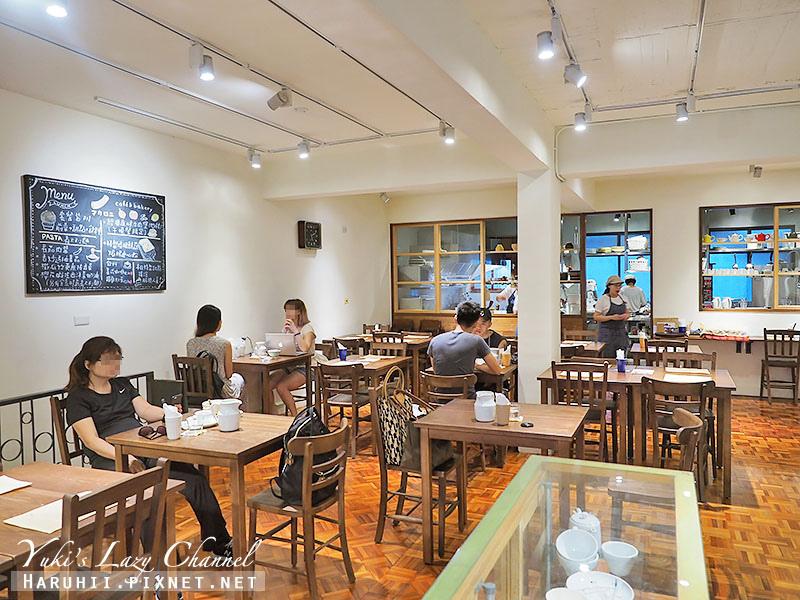 Macaroni cafe & bakery Taipei7.jpg