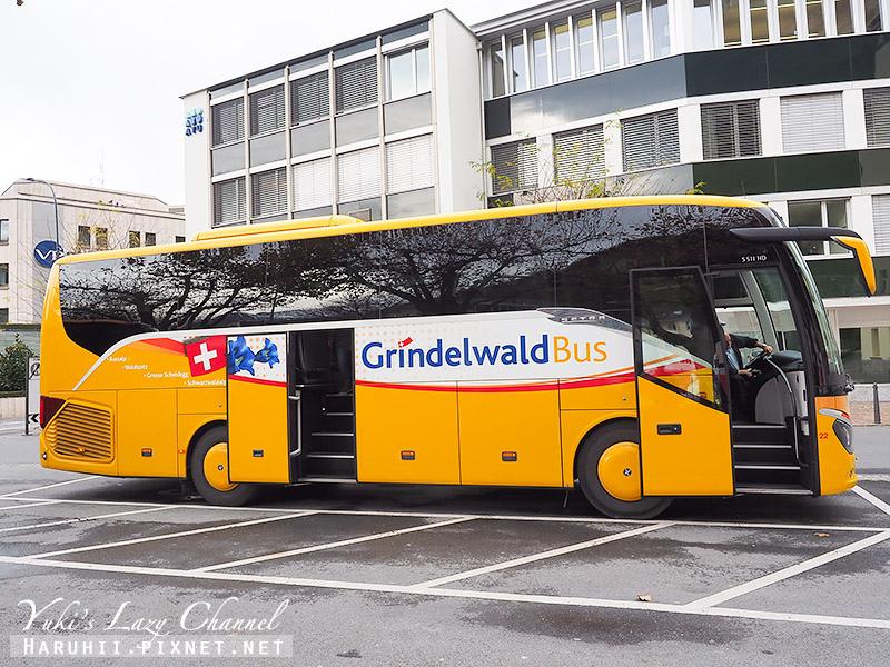 瑞士巴士.jpg