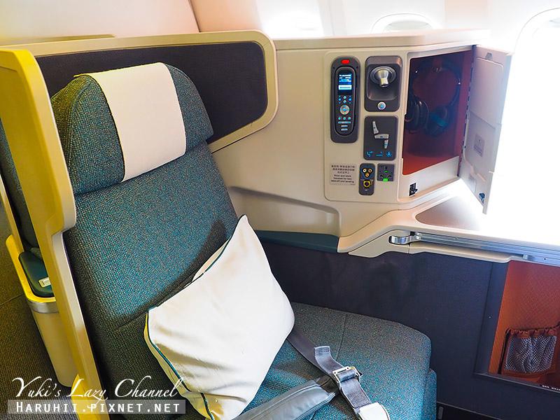 國泰B777-300ER香港蘇黎世3.jpg