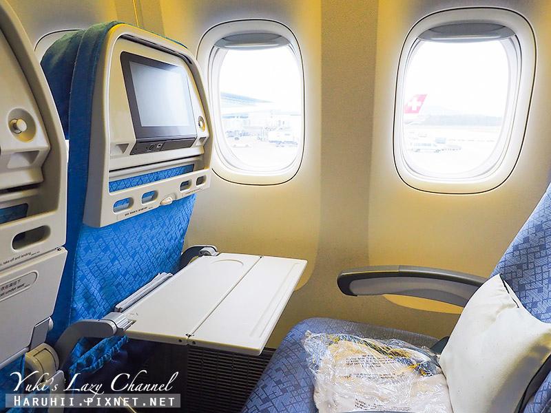 國泰B777-300ER香港蘇黎世11.jpg