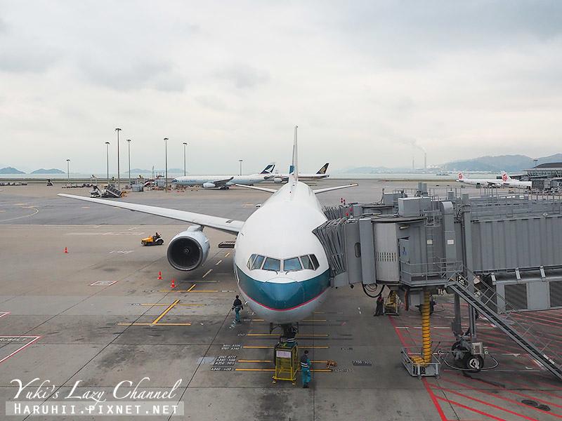 國泰航空台港線B777-300 .jpg