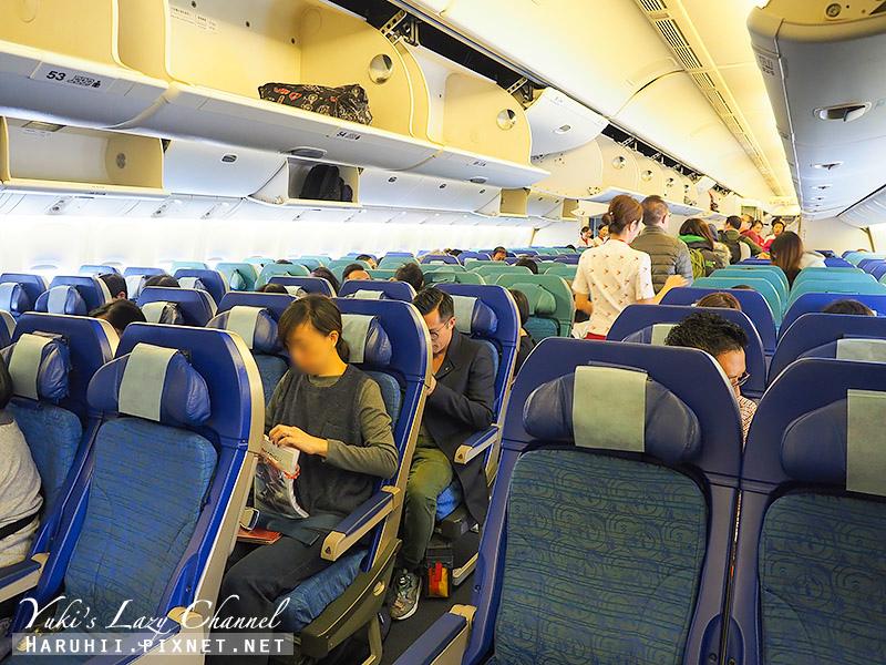 國泰航空台港線B777-300 4.jpg