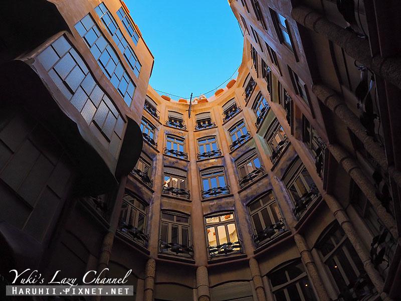 米拉之家 Casa Milà4.jpg
