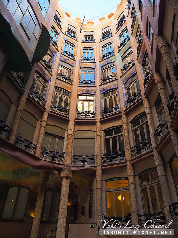 米拉之家 Casa Milà5.jpg