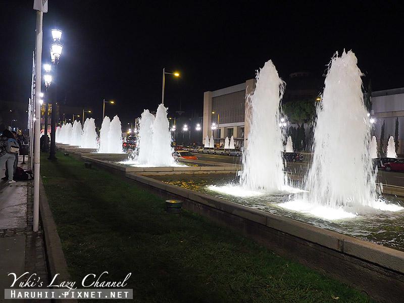 巴塞隆納魔幻噴泉Font Màgica4.jpg
