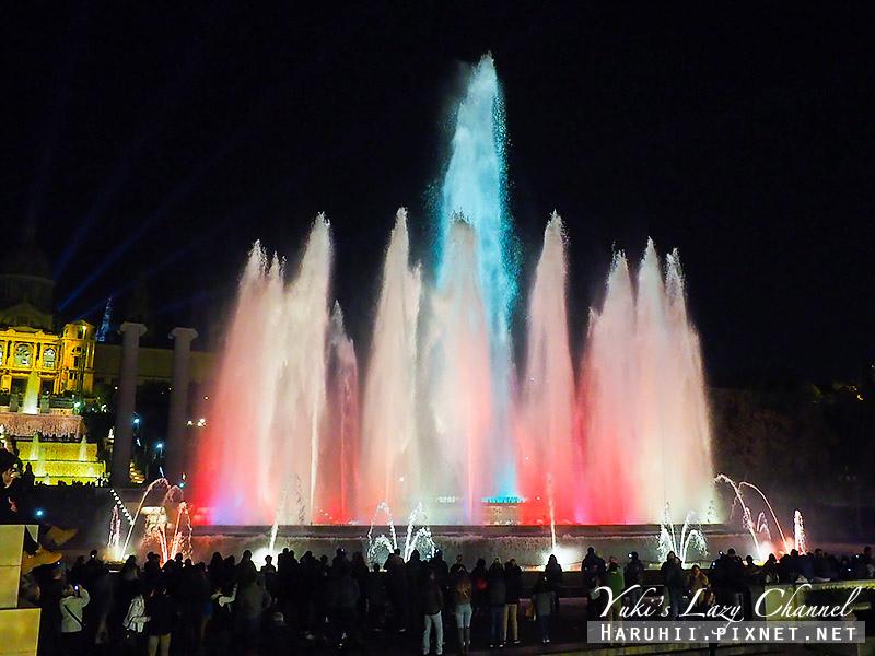 巴塞隆納魔幻噴泉Font Màgica14.jpg