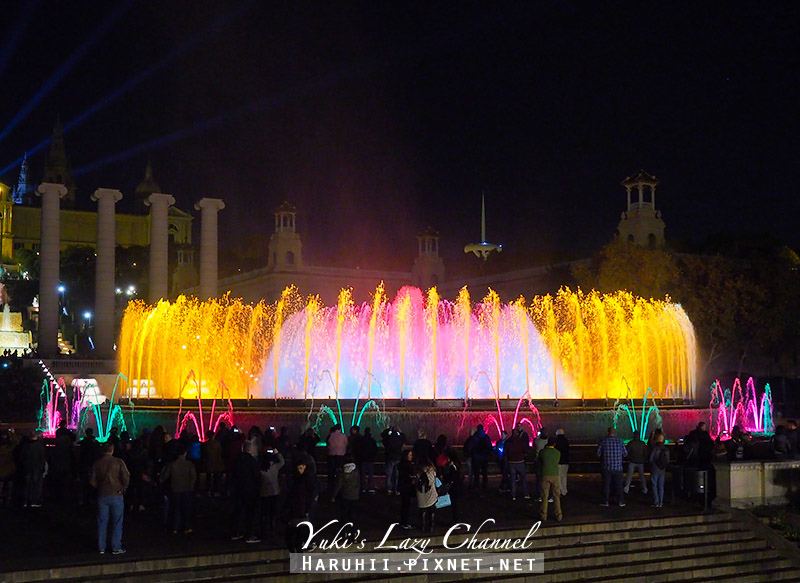 巴塞隆納魔幻噴泉Font Màgica17.jpg