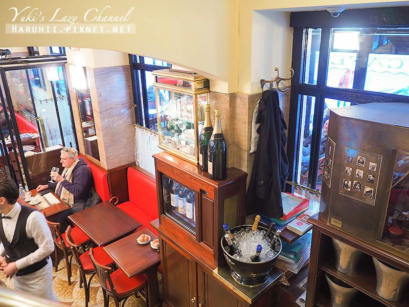 Cafe de Flore花神咖啡館28.jpg