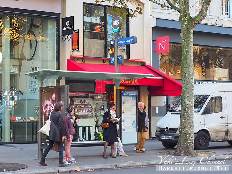 Paris Bus.jpg