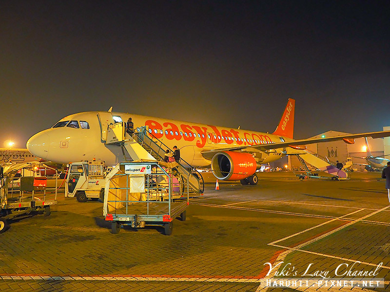 Easyjet2.jpg