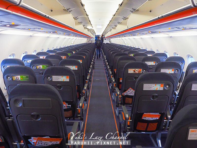 Easyjet11.jpg