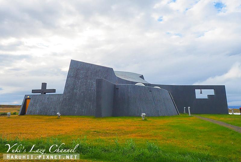 Blonduoskirkja  鯨魚教堂2.jpg