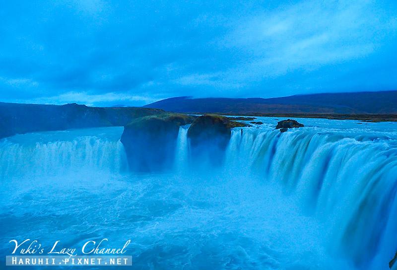 Goðafoss Waterfall上帝瀑布8.jpg
