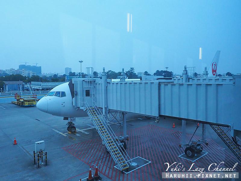 日航JL812高雄成田12.jpg