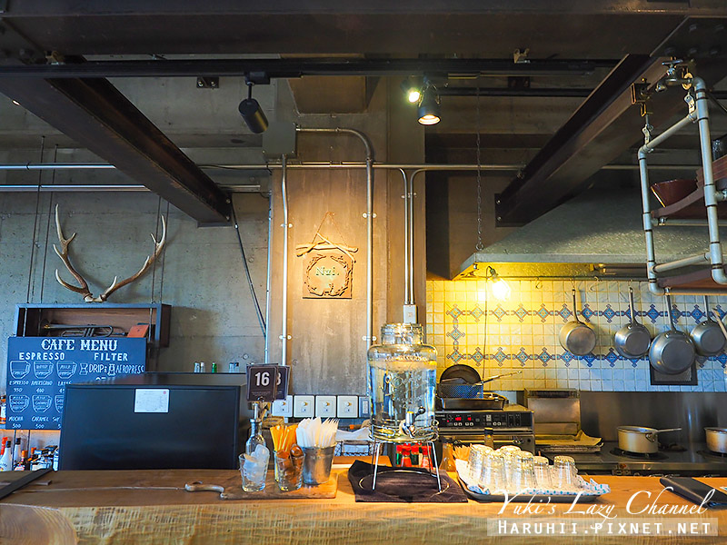 Nui. HOSTEL & BAR LOUNGE6.jpg