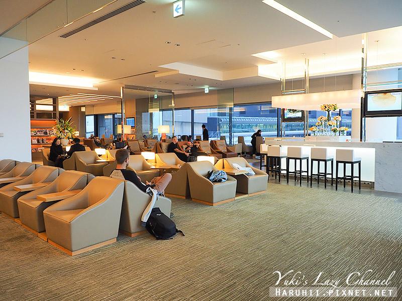 成田機場日航Sakura Lounge7.jpg