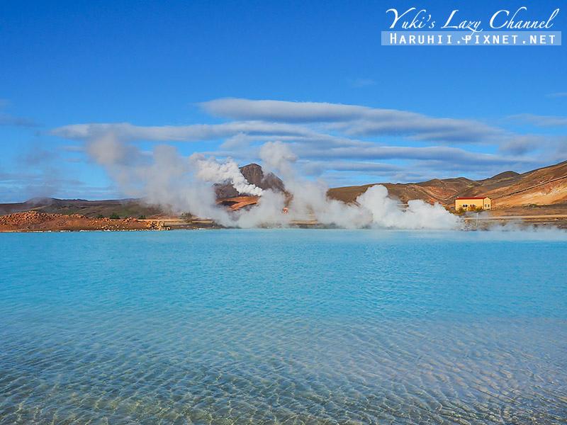 Blue Lake3.jpg