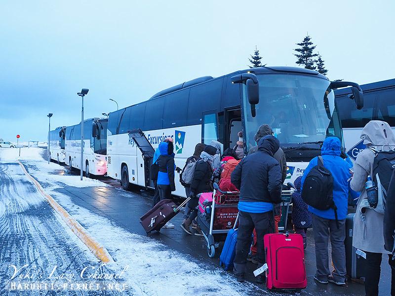 冰島機場巴士3.jpg