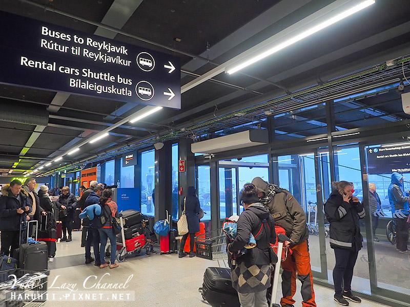 冰島機場巴士2.jpg