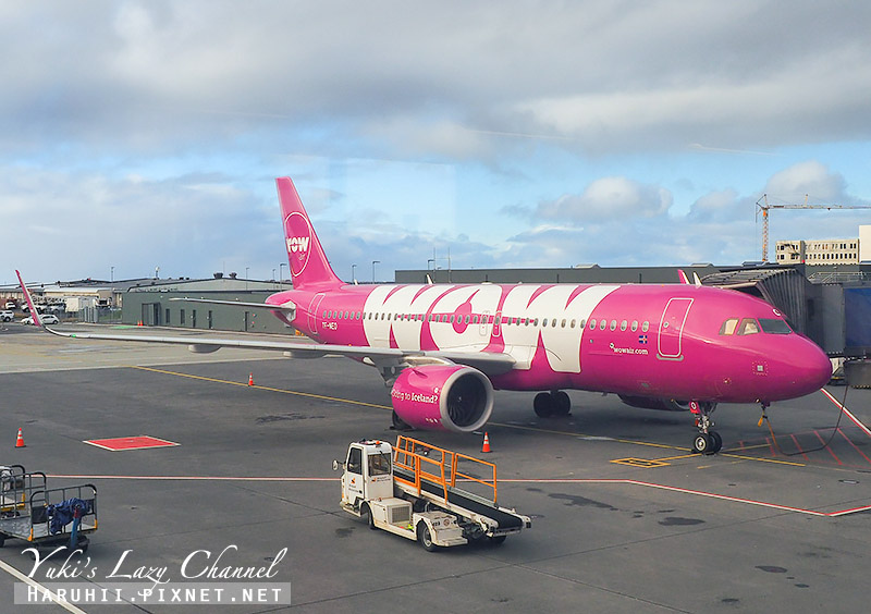 WOW Air WW408冰島飛巴黎.jpg