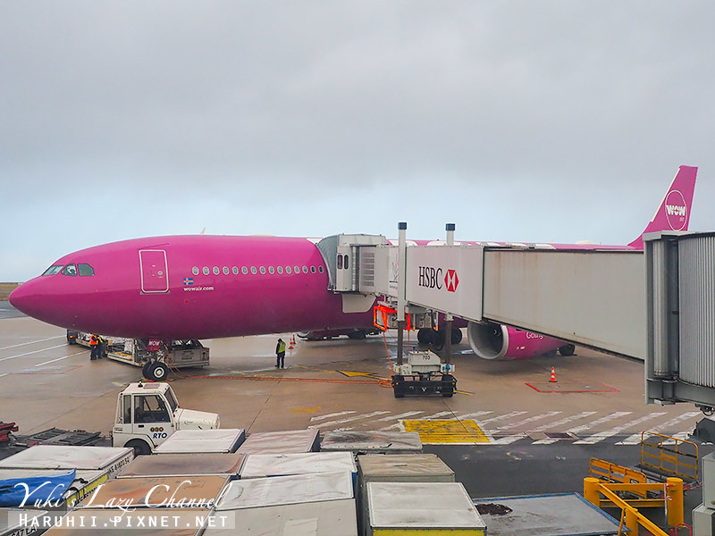 WOW Air WW405 1.jpg