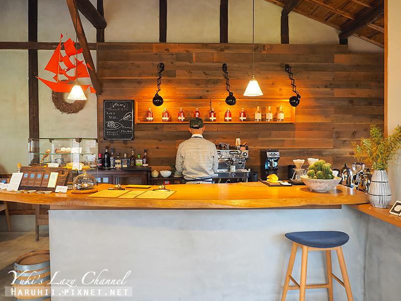 knot cafe1.jpg
