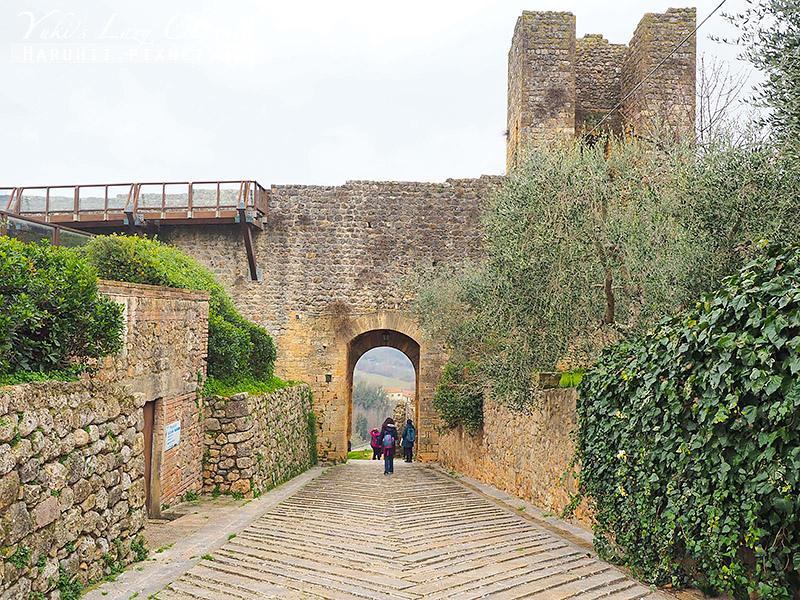 Monteriggioni6.jpg
