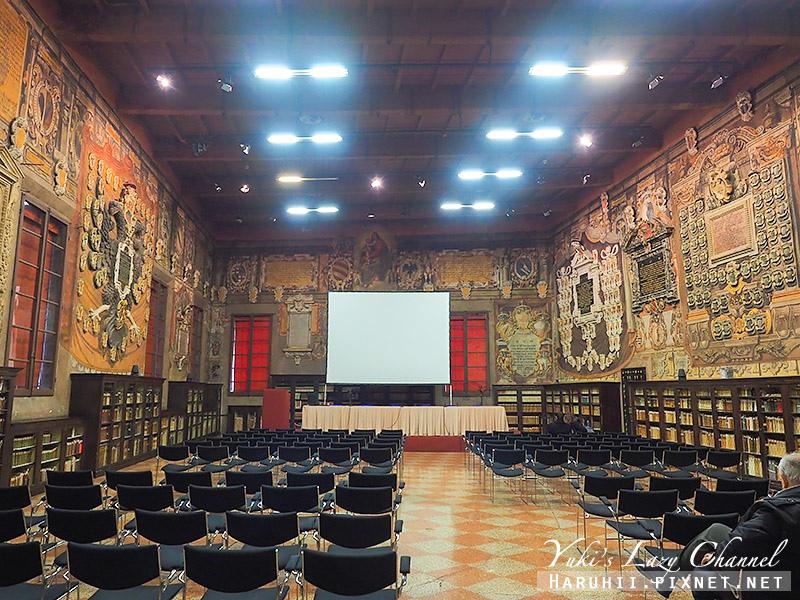 Bologna波隆那景點阿奇吉納西歐宮11.jpg