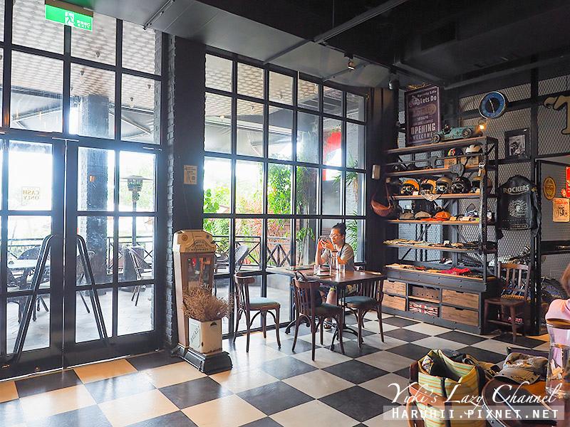 Ton Up Cafe7.jpg