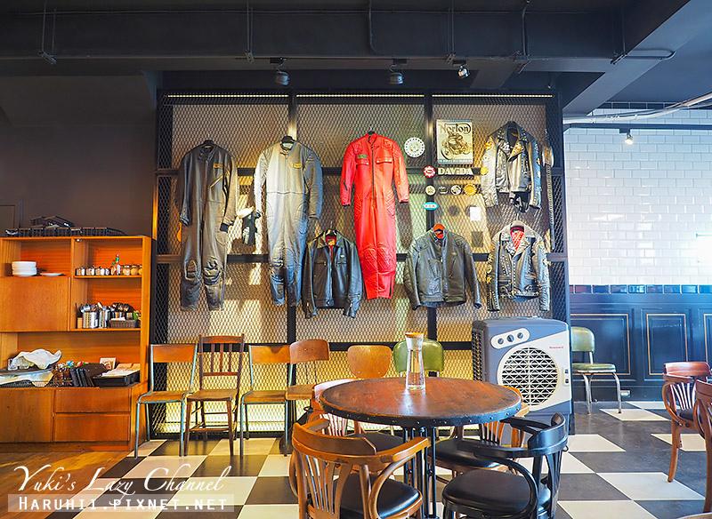 Ton Up Cafe8.jpg