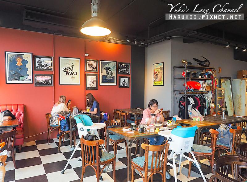Ton Up Cafe11.jpg