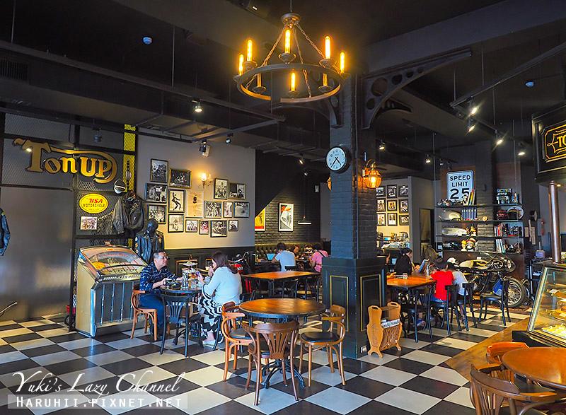 Ton Up Cafe15.jpg