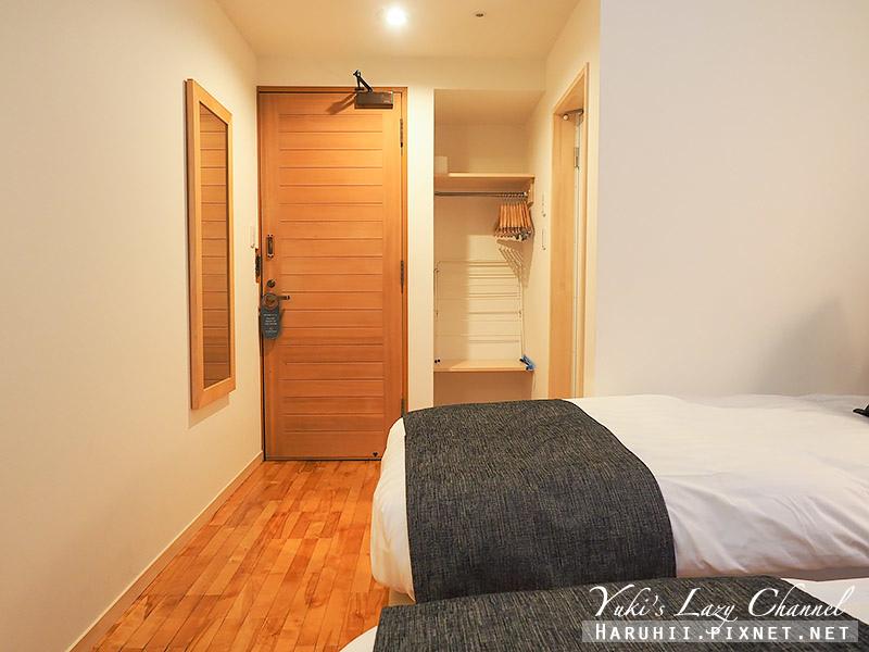Log Hotel Maple Lodge12.jpg