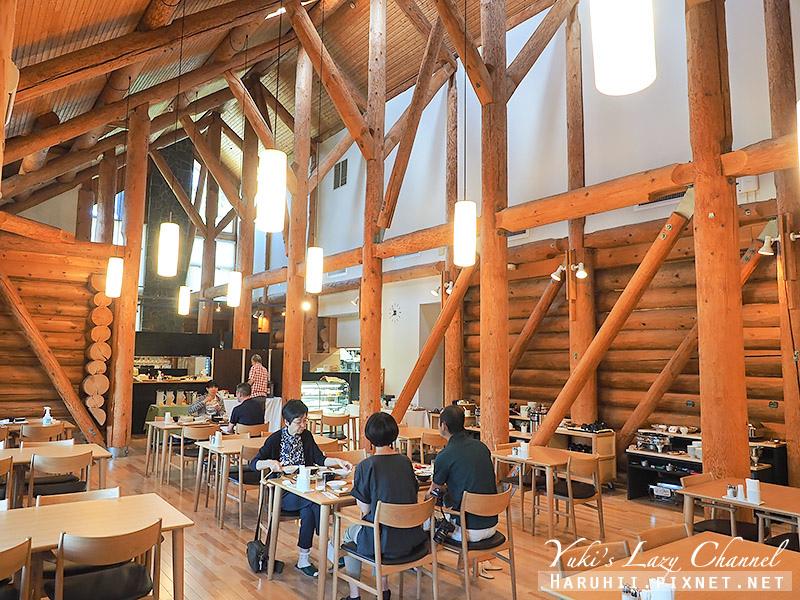 Log Hotel Maple Lodge28.jpg