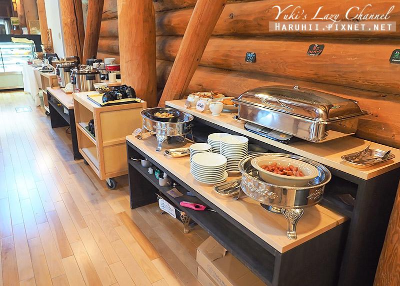 Log Hotel Maple Lodge30.jpg