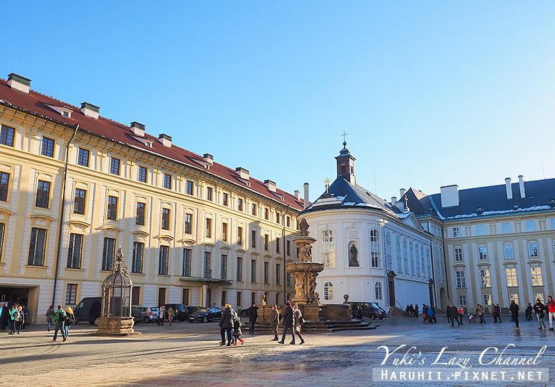 布拉格城堡3.jpg