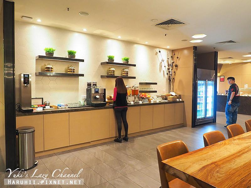 新加坡樟宜機場環亞貴賓室Plaza Premiem Lounge3.jpg
