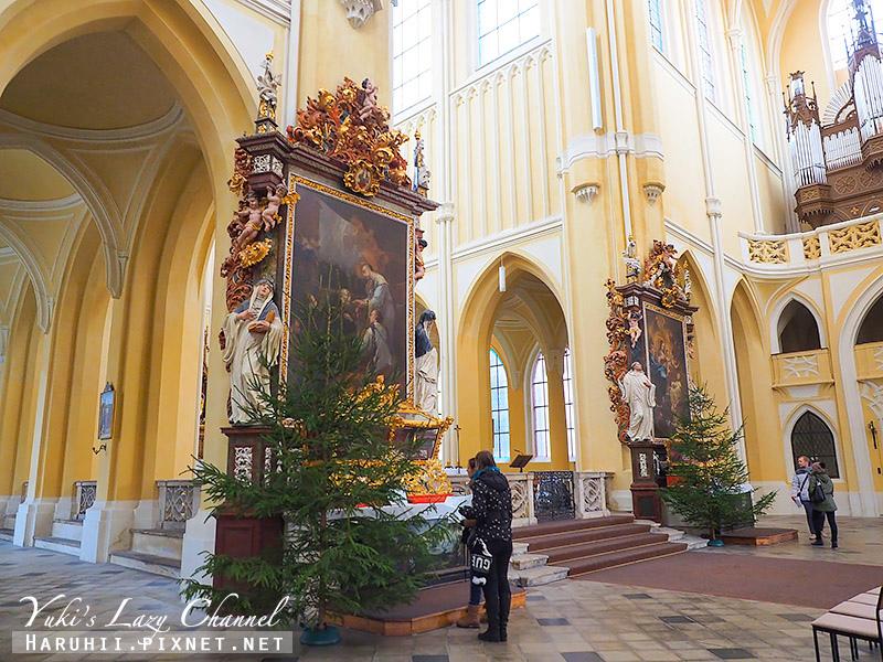 聖母升天與聖若翰洗者教堂 Chrám Nanebevzetí Panny Marie5.jpg