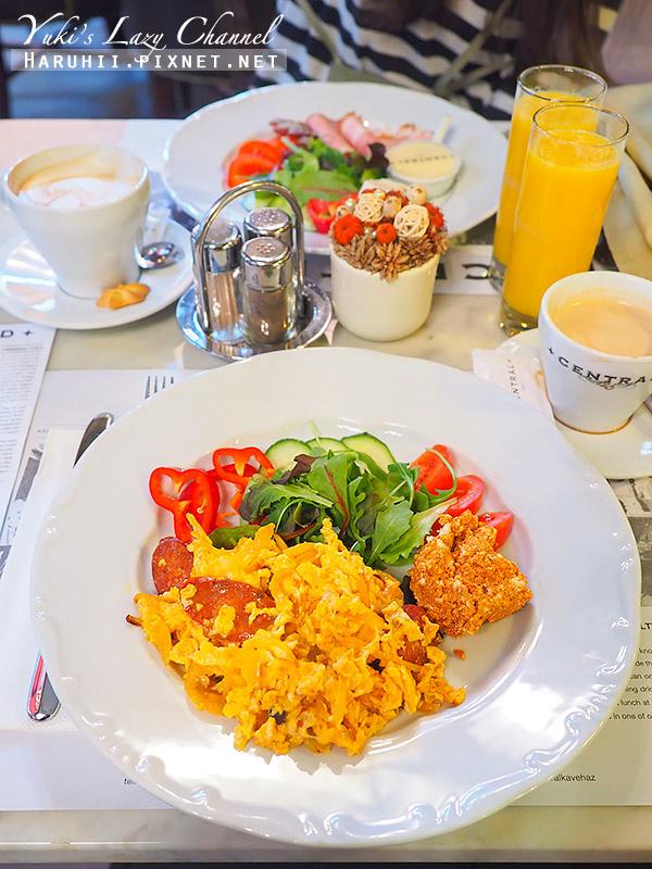 布達佩斯中央咖啡館Central Cafe16.jpg