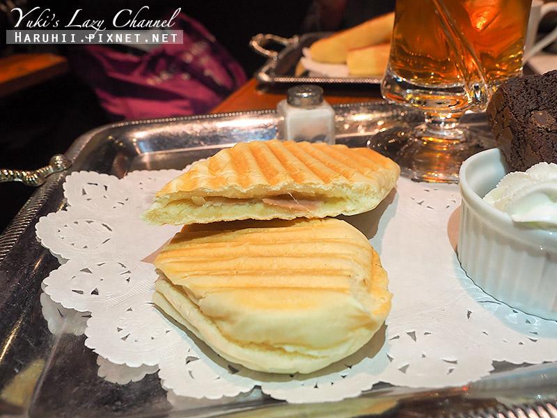 Cafe AALIYA12.jpg
