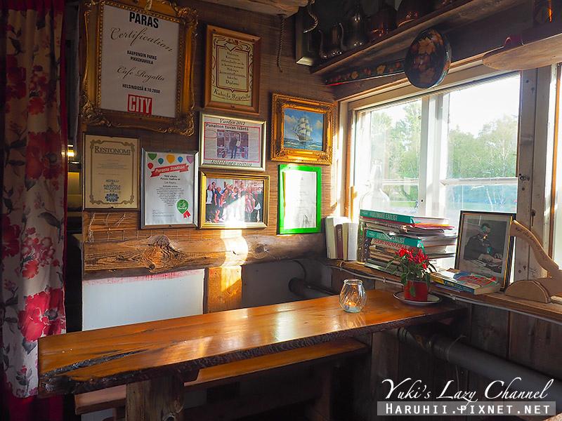 Regatta Cafe11.jpg