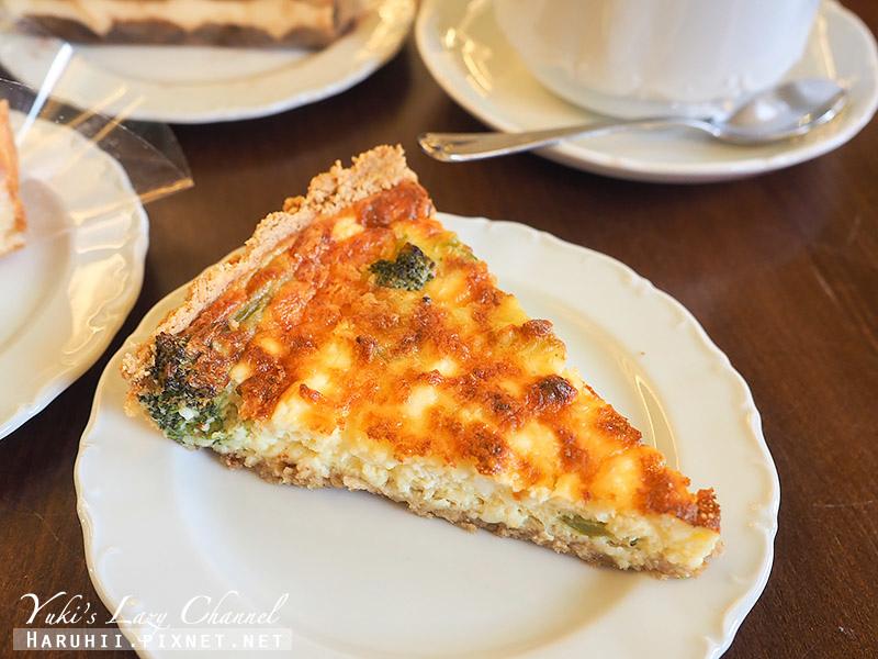 塔林Maiasmokk Cafe18.jpg