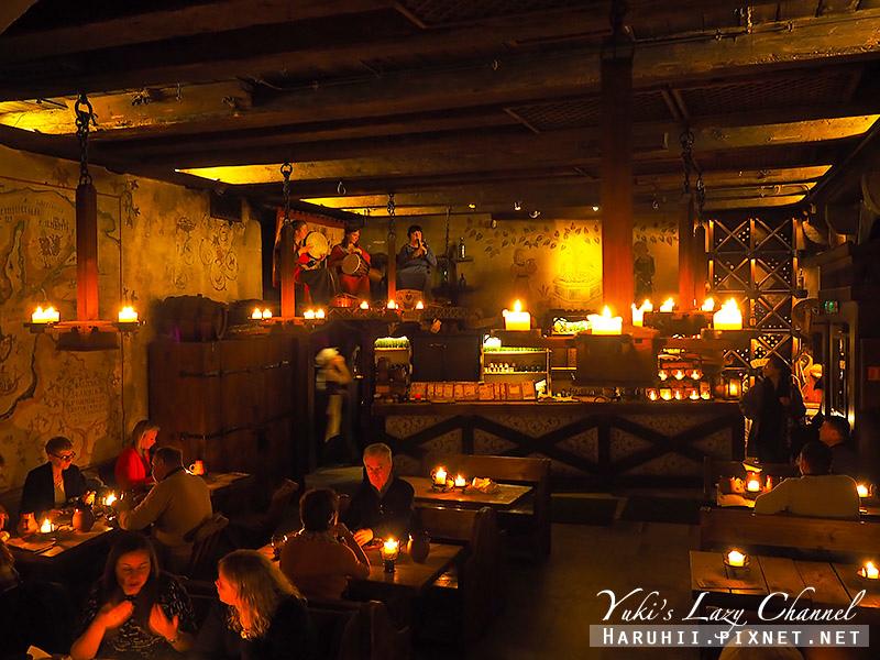 塔林中世紀風格餐廳Olde Hansa2.jpg