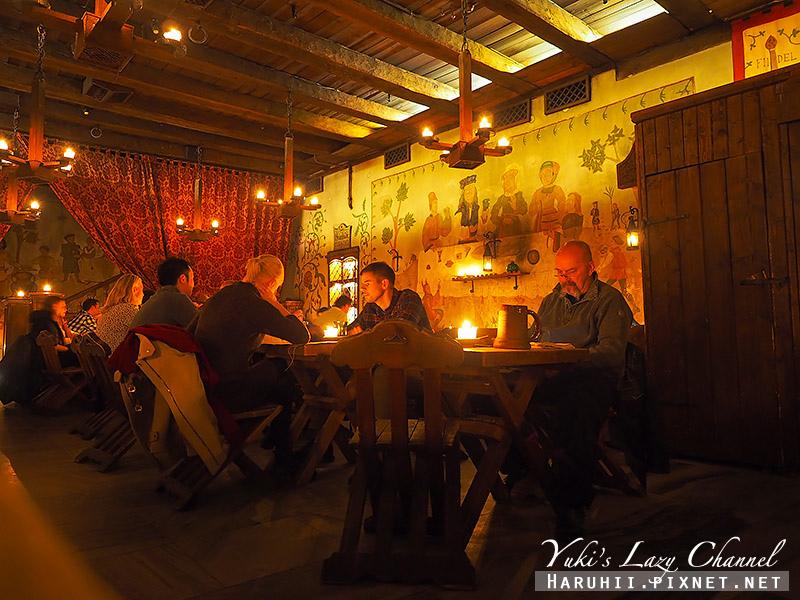 塔林中世紀風格餐廳Olde Hansa4.jpg