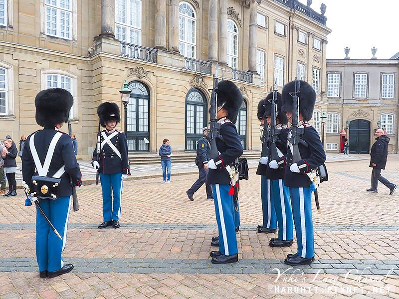 阿馬林堡宮 Amalienborg10.jpg