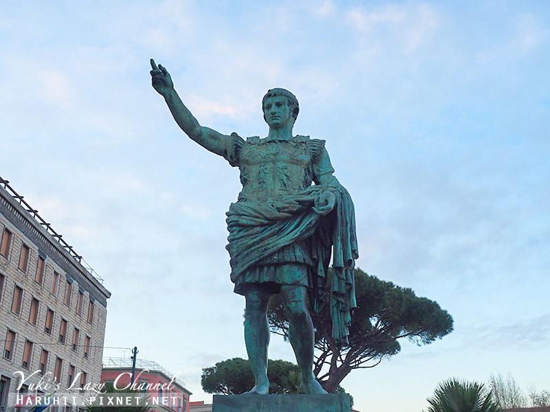 Statua di Augusto.jpg